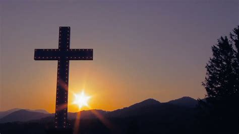 Cross at Sunrise Stock Footage Video (100% Royalty-free