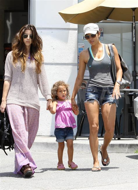 Halle Berry and daughter Nahla Aubry dine without Gabriel