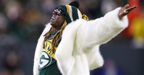 Why Is New Orleans Native, Lil Wayne, a Green Bay Packers Fan?