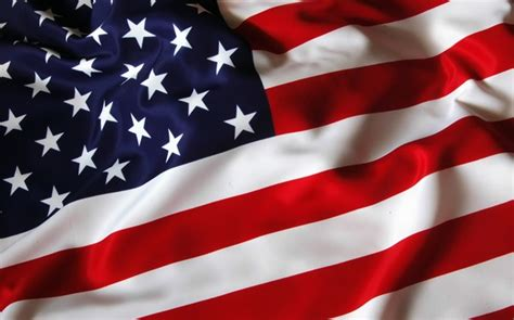 Dyes, textiles in American flag change from English wool